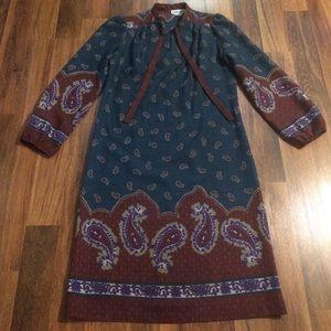 New Listing! Vintage 70s Paisley Print Dress